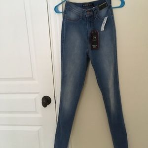 Fashion Nova High-Waisted Jeans